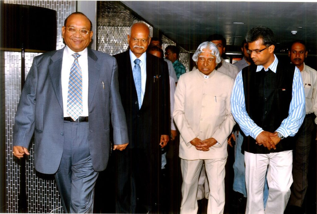 Manoj Mohanka with A P J Abdul Kalam @ Calcutta Chamber of Commerce-5